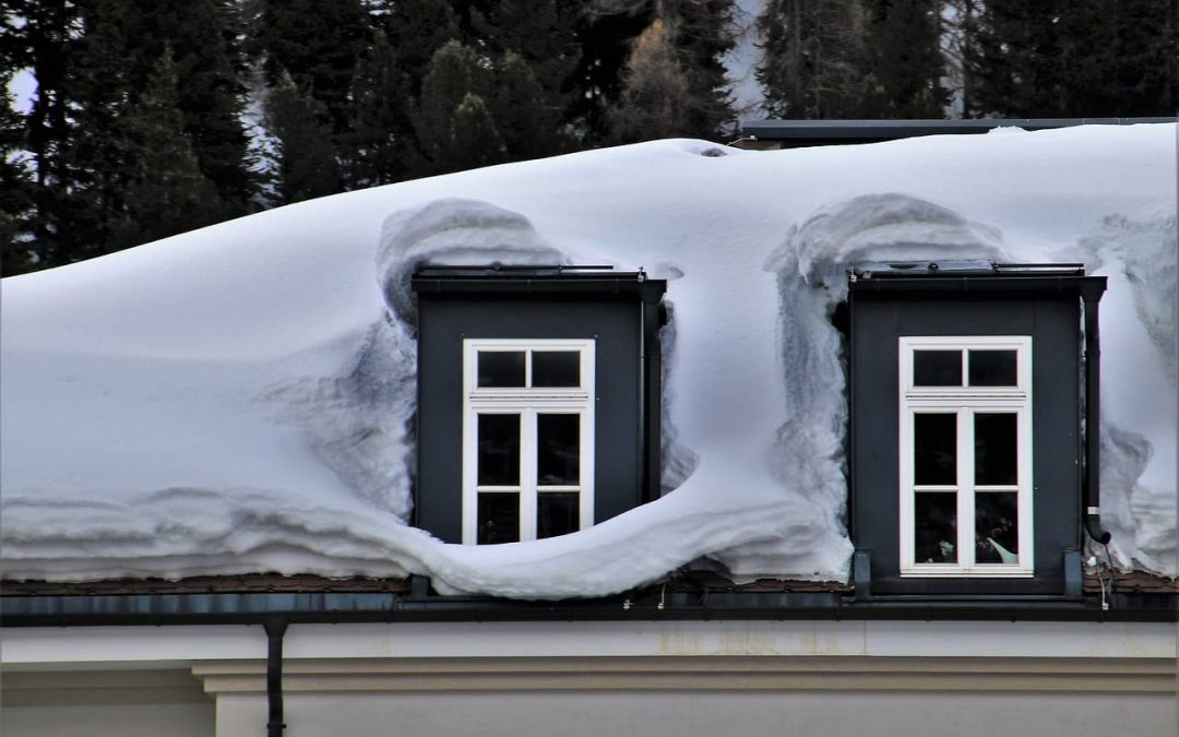 Common Winter Roof Damages and What You Can Do About Them